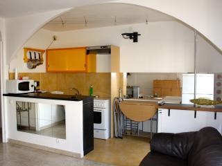 Charmant studio 31m2 / 2 pers/ clim/wifi Nice Port, Niza