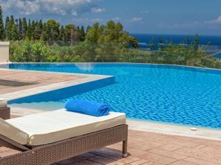 Frido Luxury Villa