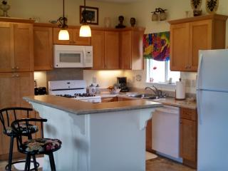 1 bdr, 1 bth 1296 sq ft house with whirlpool tub, Mountain View