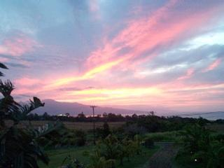 Bed &Breakfast Vacation Rental Lodge In Maui, Makawao