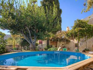 Villa Dimitra - Traditional Country House