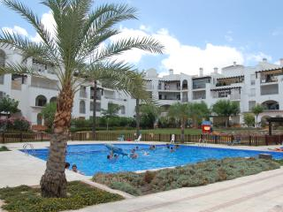 Luxury 2 Bedroom Ground Floor Apartment (La Torre Golf Resort)