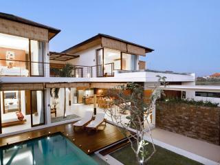 Great Value 3 Bedroom Villa, Echo Beach