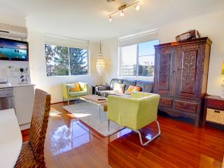 Stylish, studio oasis, just 100m to Bondi Beach!