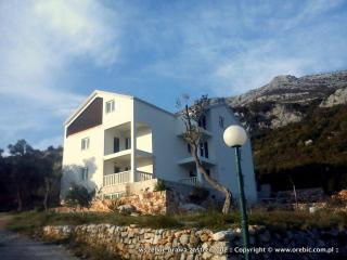 Villa Robi Ap. 2 bedroom + living rooms 4 poeple