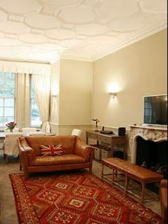Chelsea- 2 Bedroom- 2 Bath (3626), Londra