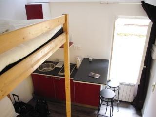 Cosy Latin Quarter studio 3 guests Lacépède #895, Paris
