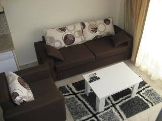 Stunning 2 Bed Beach Apartment