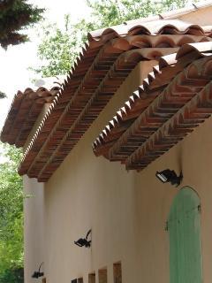 sa toiture de caractère provençale