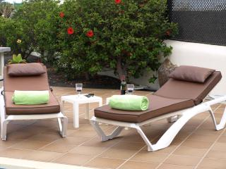 Or just enjoy a drink by the pool. Towels provided for pool and beach, tumble dryer to freshen them