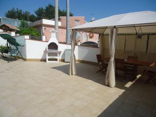 Isola del Sole: Appartamento Stromboli in villa al mare con piscina