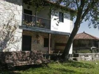 Casa Rural de 100 m2 para 4 pe