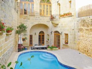 Ta' Dratta - Holiday Farmhouse, Xaghra