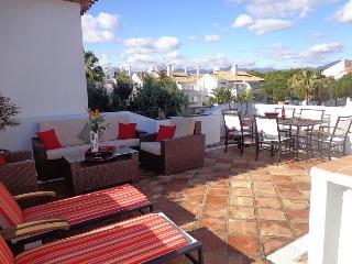 Penthouse in El Presidente, Estepona