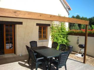 Perfect gite and heated pool, Descartes