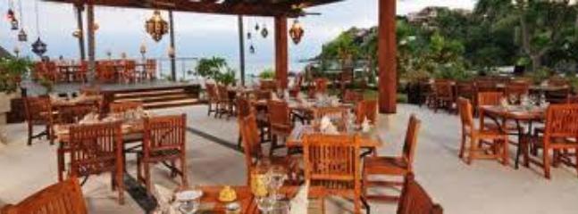 SandZibar Restaurant in La Cruz