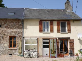 Chez Helen, Saint-Sulpice-les-Feuilles