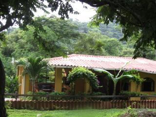 Mar Y Sol Beach House,  Tropical Haven Nicaragua