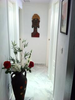 Hallway to bedrooms.