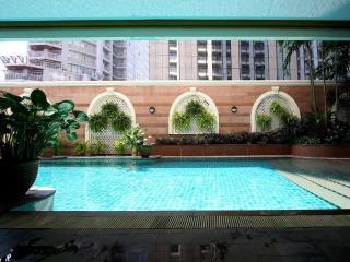2 Bed Bangkok Soi 21 Asoke Apt