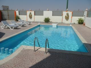 villa with private pool and jacuzzi 10 persons, Hurghada