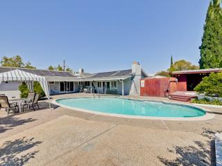 4 Beds/2 Bath with swimming pool, Cupertino
