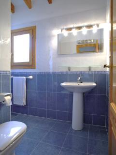 Bathroom facing W