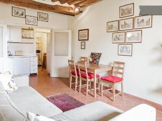 Lucca Walls' Dream: 2bedrooms apartment overlooking the Walls of Lucca