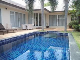 Sunset Two Bedroom Poolvilla, Lipa Noi