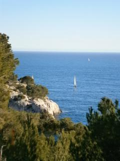 Les Calanques from Marseille to Cassis