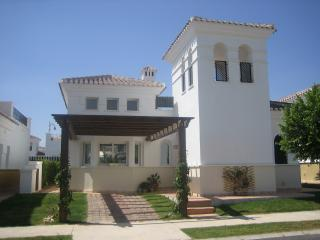5 star detached 2 bed Villa
