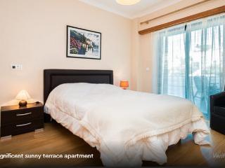 Apartamento nuevo con terraza grande