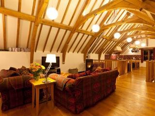 The Oak Barn