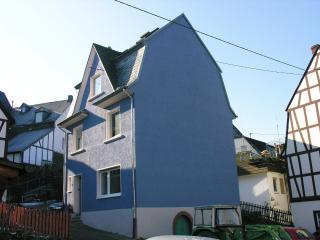 The Blue House, Enkirch