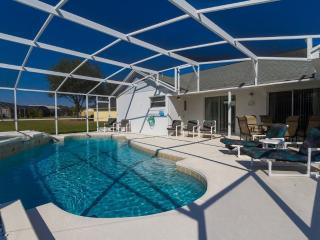 Wonderful Vacation Home with a Pool, on Russel Ridge