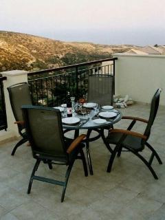 Al fresco dining on the private terrace