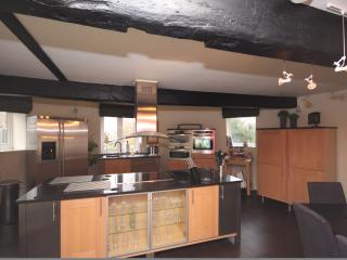 Now thats what I call a kitchen!