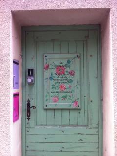 Entree the Petit Jardin Residence