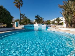 1021 CALA D´OR PRIVATE HOUSE