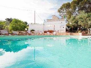 Villa Rotondo: Trulli with pool in Puglia, Monopoli