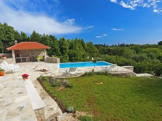 Villa Sun-pool,large garden