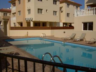Apartment / Pool. Kapparis