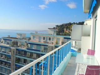 JdV Holidays Apartment Euphorbe 5, three bedrooms, superb sea views & terrace!