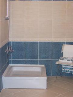 The En-suite Shower room - Bedroom 2