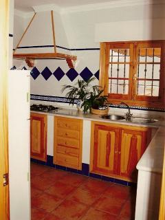 Fully equipped kitchen: Refrigerator, freezer, washing machine, dishwasher, microwave, coffee maker,