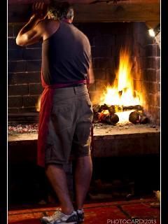 Daniel Haciendo el asado