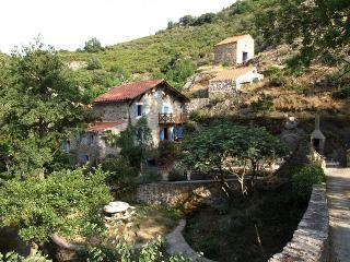 La bergerie du Moulin de Trédos, Saint-Pons-de-Thomieres