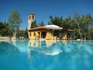 Tuscan apartment rentals in large villa with beautiful shared pool, private gardens and balconies, Barberino Di Mugello