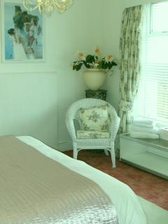 Superkingsize bedroom