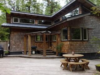 Tofino Tree House